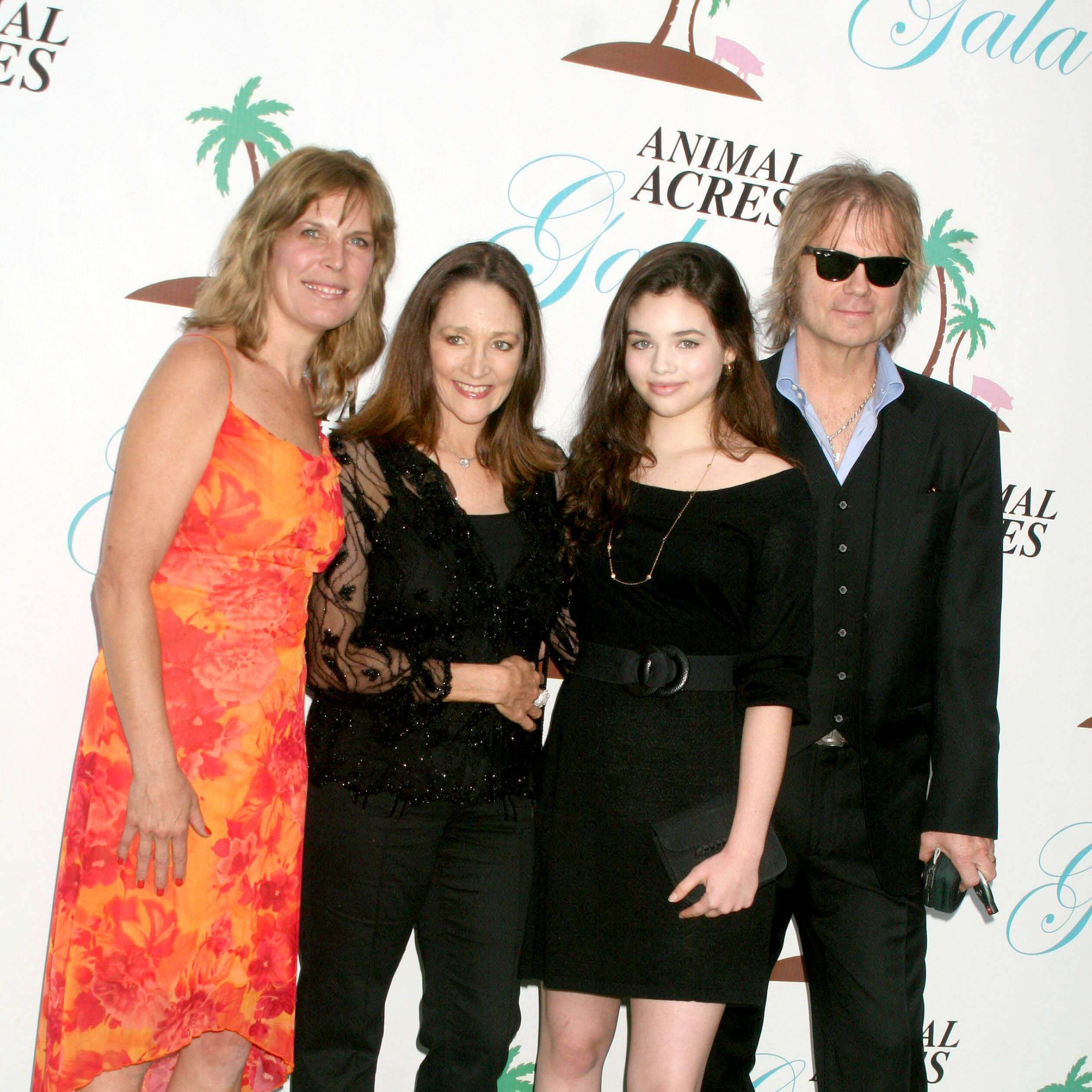 Lorri Houston and Olivia Hussey with India Eisley and David Glen Eisley