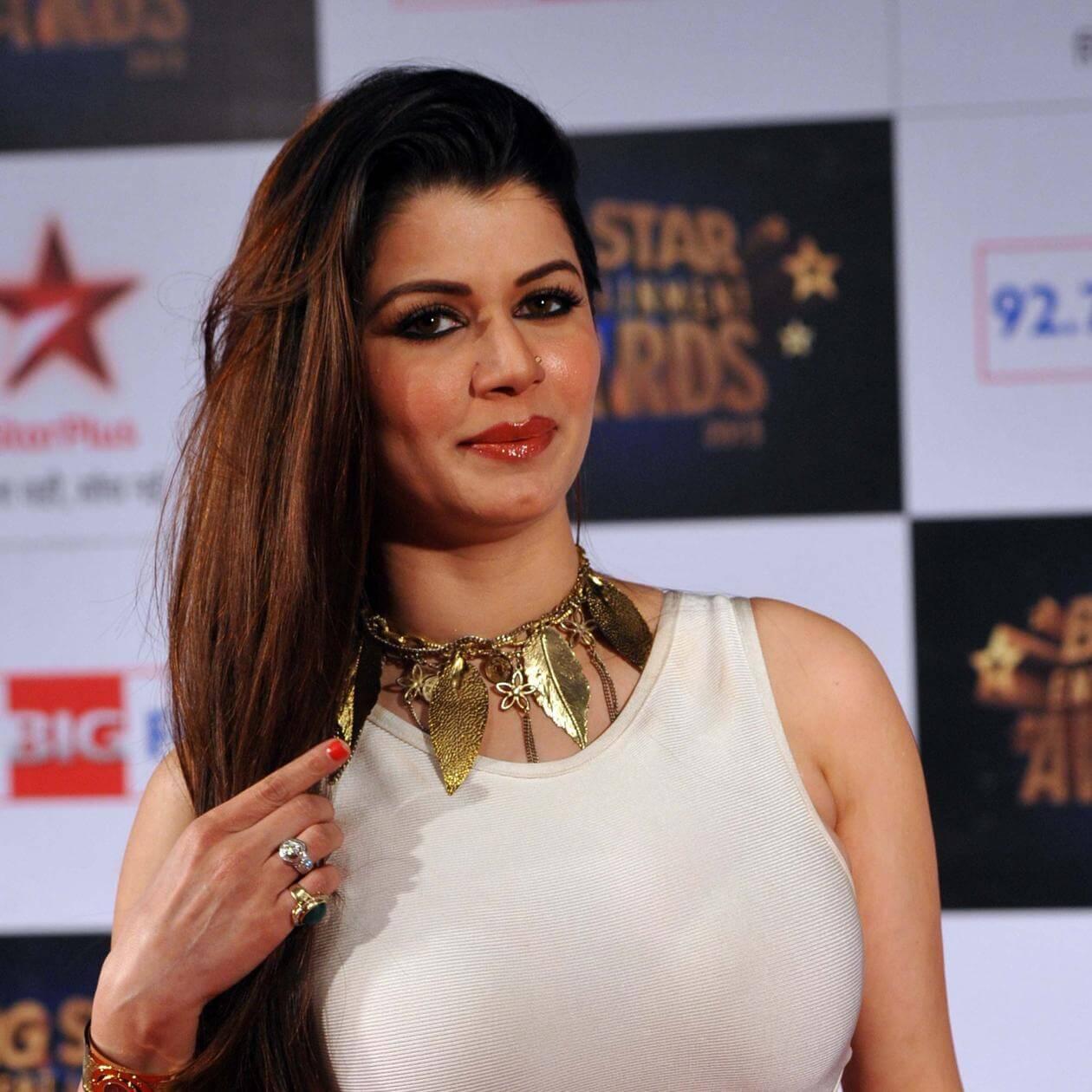 Indian Bollywood Actress Kainaat Arora