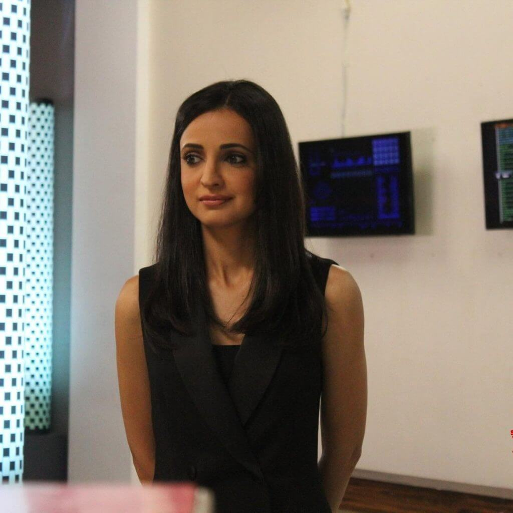 TV Actress Sanaya Irani