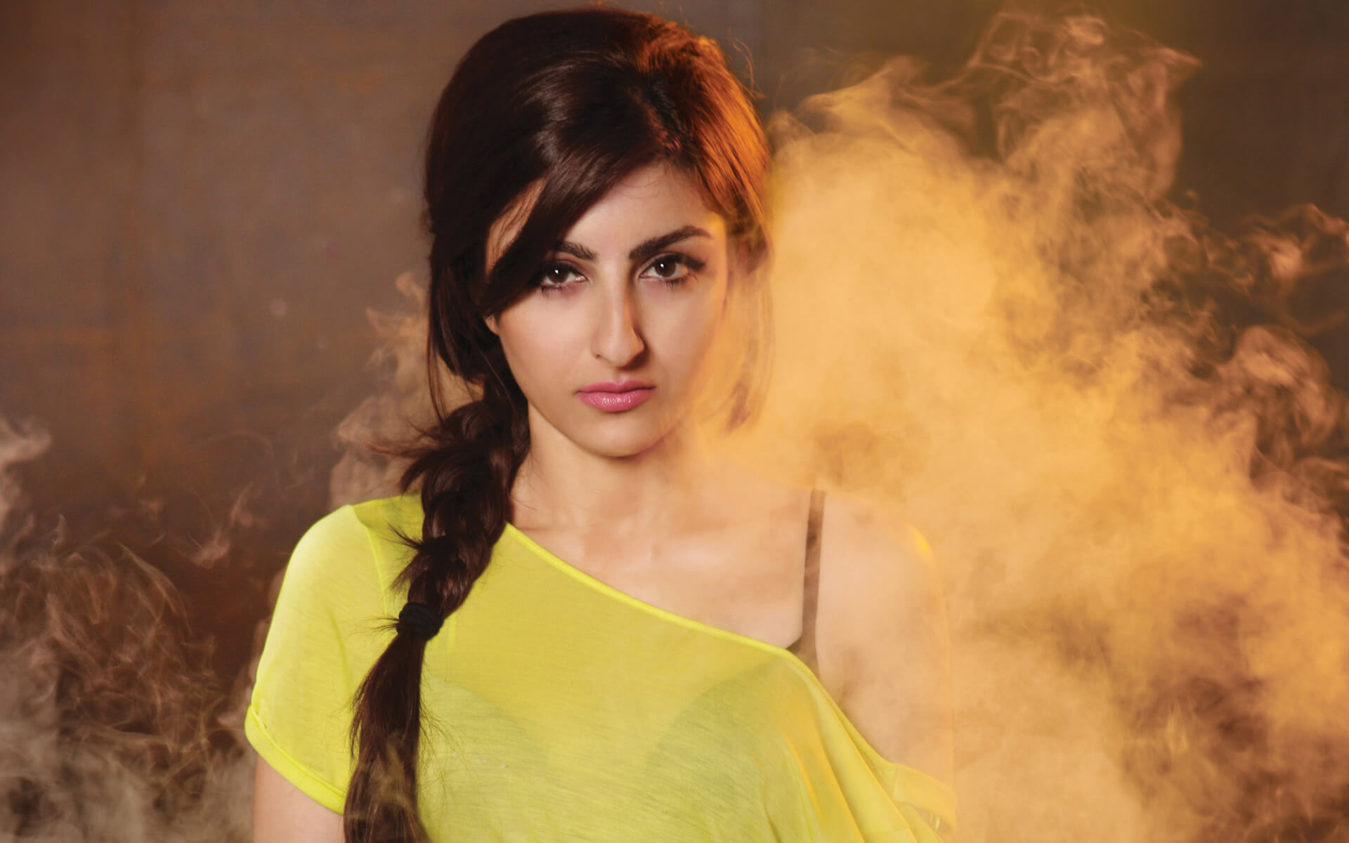 Soha Ali Khan Biography  Actress  Profile-8787